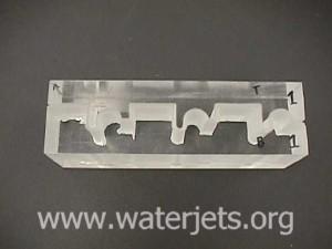 Cutting plexiglass with an abrasive jet